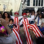 comedy-stilt-walkers