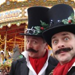 juggling victorian themed entertainers